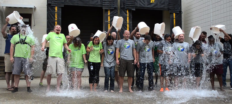 TextbookRush employees doing the ice bucket challenge